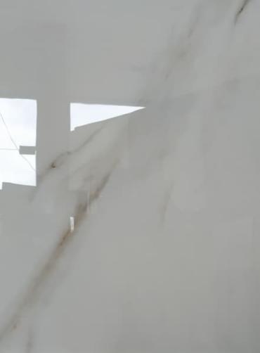 Πλακάκι δαπέδου γυαλισμένος γρανίτης 60x60 Aura statuario white ρεκτιφικατο.